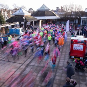 Cranleigh Santa Dash raises £1,700 for local primary schools